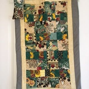NWOT Hand Crafted Doll Quilt with Matching Pillow